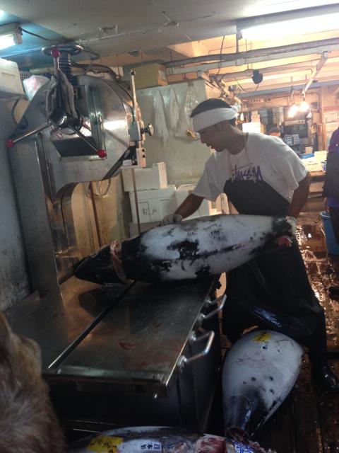 La découpe du thon rouge